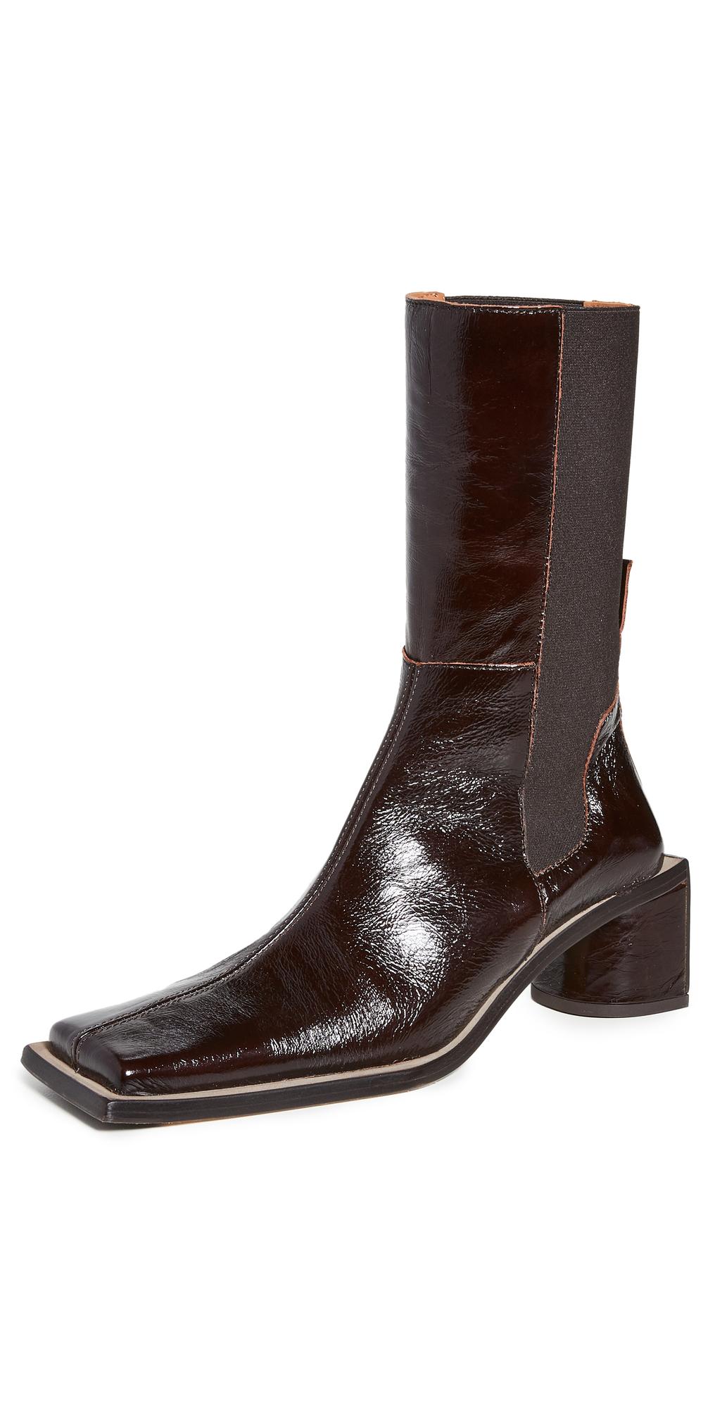 Minnie Boots