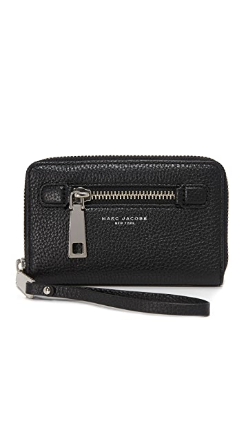 Marc Jacobs Zip Wristlet