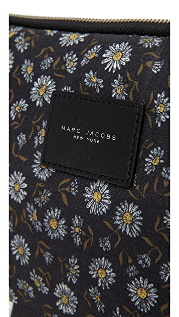 Marc Jacobs Mixed Daisy Flower 13