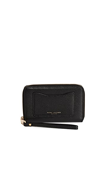 Marc Jacobs Recruit Zip Phone Wristlet