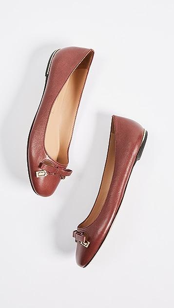 Marc Jacobs Sophie Round Toe Status Ballerina Flats