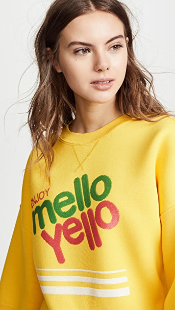 Marc Jacobs Mello Yello Sweatshirt with Short Sleeves & Crew Neckline