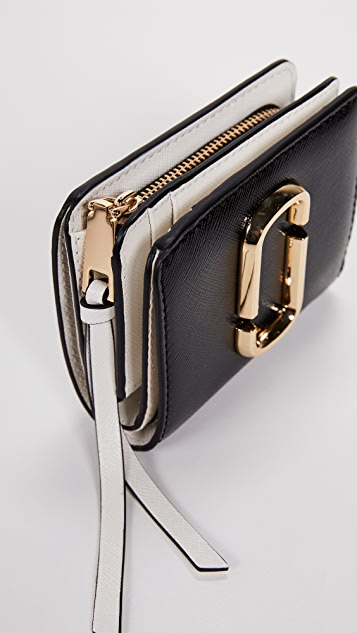 The Marc Jacobs Snapshot Mini Compact Wallet
