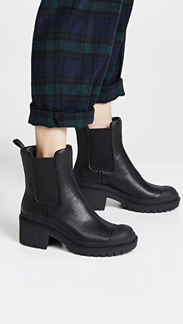 Marc Jacobs Lina Chelsea Booties