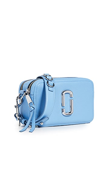 The Marc Jacobs The Softshot 21 Bag