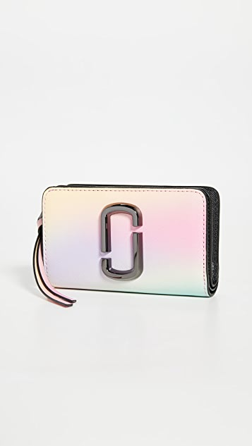 The Marc Jacobs Snapshot Airbrushed Compact 钱包