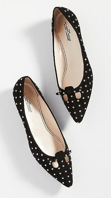 The Marc Jacobs 铆钉鼠脸平底鞋