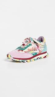 The Marc Jacobs 扎染慢跑运动鞋
