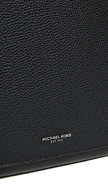 Michael Kors Bryant Pebble Messenger Bag