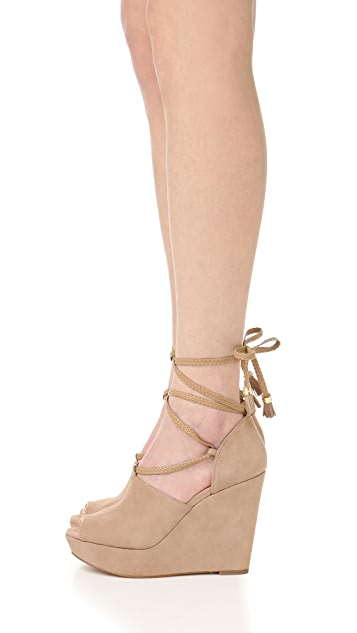 MICHAEL Michael Kors Hastings Wedges
