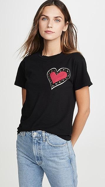 交织字母 心形铆钉 T 恤