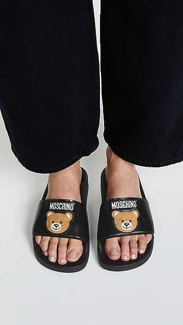 Moschino Slides
