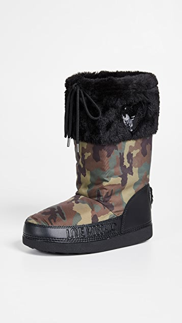 cdceec4e87df Moschino Love Moschino Snow Boots