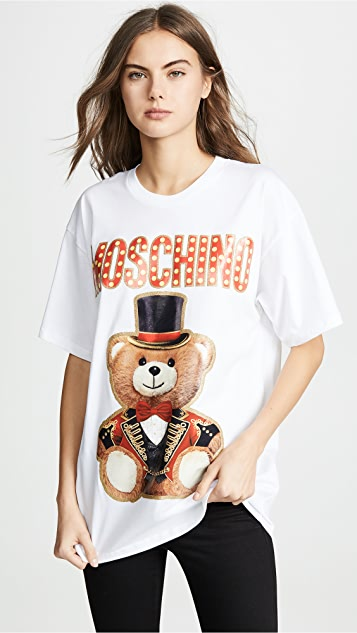 a3175d8bb19 Moschino Top Hat Oversized Bear Tee ...