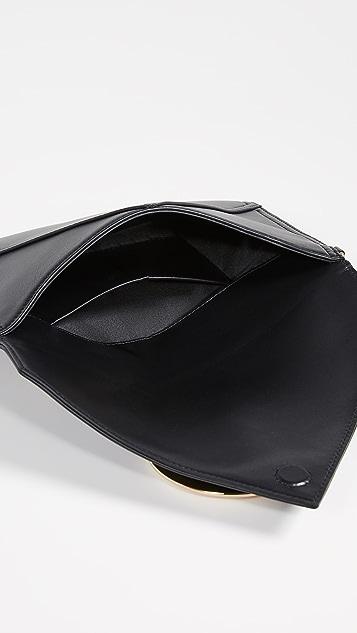 Moschino Сумочка Moschino на пуговице с ремешком на запястье