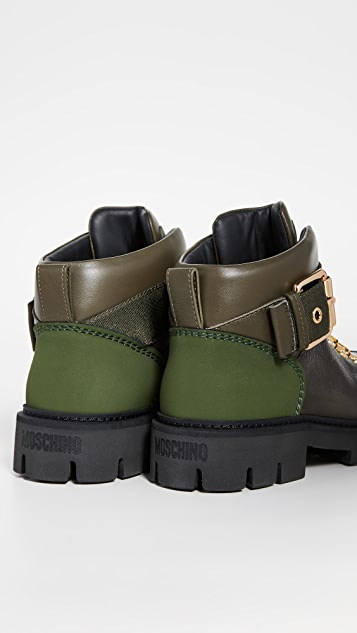 6b0919e08f1 Moschino Combat Ankle Boots
