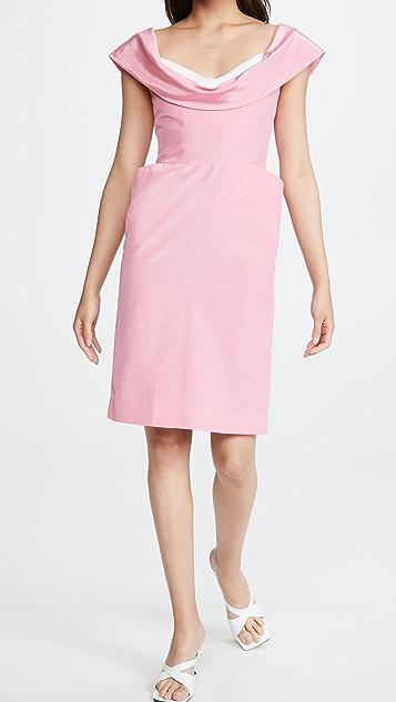 Moschino 加大腰部连衣裙