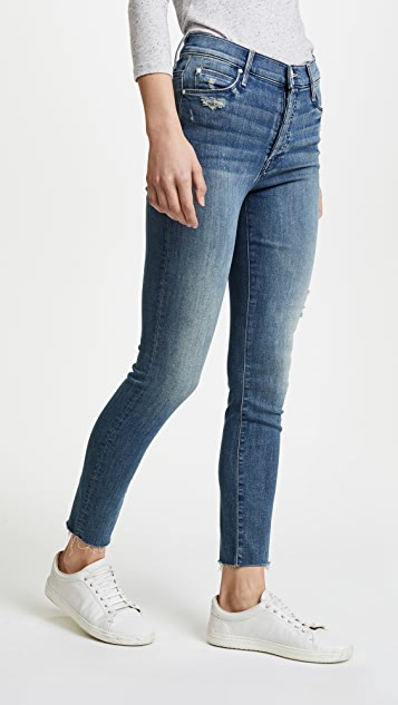 54b14151cf517 MOTHER Stunner Ankle Fray Jeans