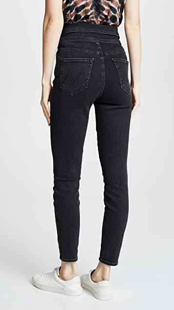 MOTHER The Swooner Exposed Snap Ankle Jeans