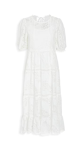 Moon River 白色泡泡袖中长连衣裙