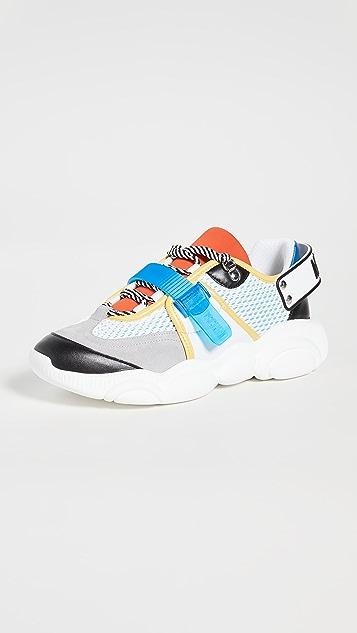 Moschino GJ6 Sneakers