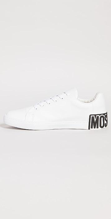 Moschino Moschino Maxi Logo Low Top Sneakers