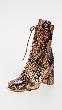 Emmanuelle Boots