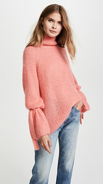 Turtleneck Oversized Sweater in Pink. - size S (also in L,M,XS) Naadam