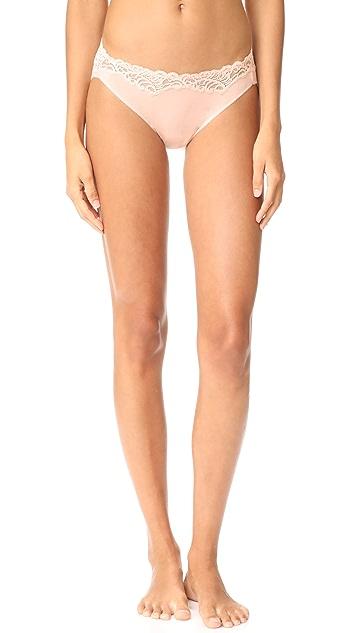 Natori Feathers Essence Bikini Panties