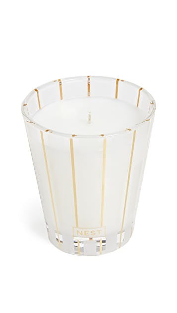 Nest Fragrance Classic Candle Holiday Season Scent
