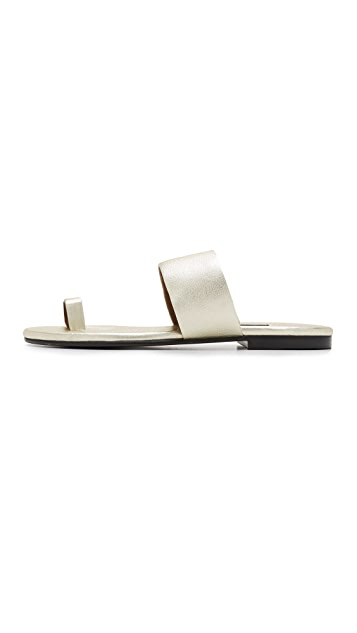 Newbark Roma V Toe Ring Sandals