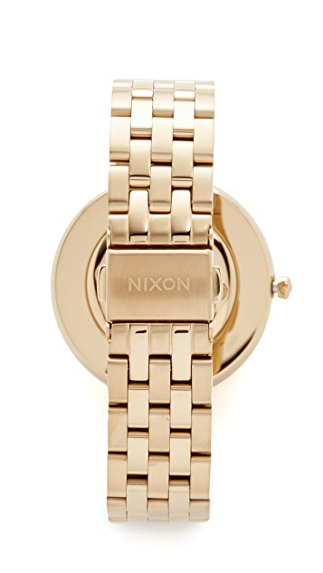 Nixon The Vix Watch