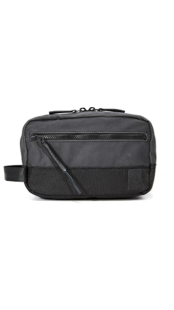 Nixon Traveler Travel Kit