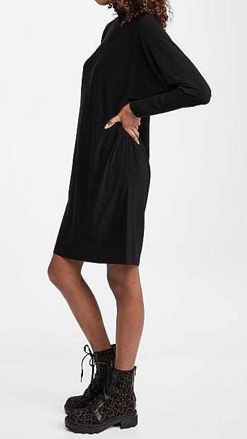Norma Kamali 乌龟蝙蝠元素连衣裙