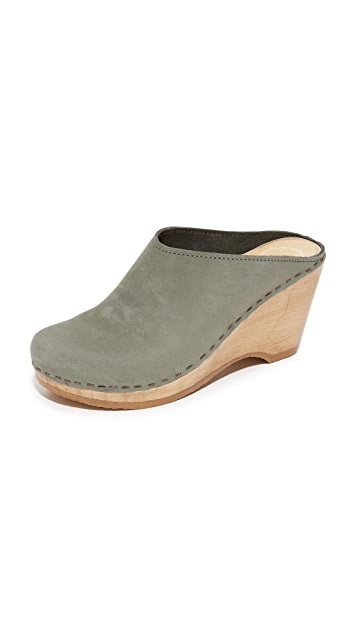 No.6 New School Clogs