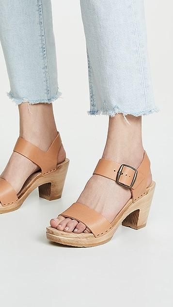 No. 6 双固定带高跟木底鞋