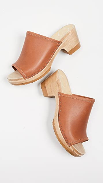 No.6 Daria Mid Heel Clogs