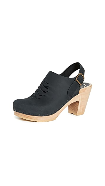 No. 6 Aimara 梭织高跟木底鞋