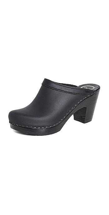 No.6 Old School High Heel Clogs - Black/Black