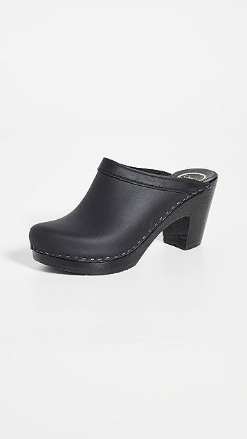 No.6 Old School High Heel Clogs
