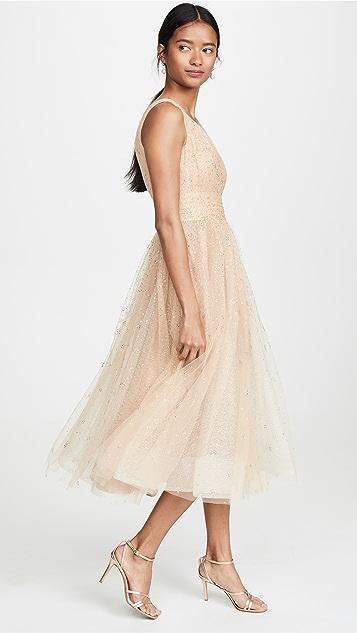 Marchesa Notte Вечернее платье из тюля с V-образным вырезом и блестками