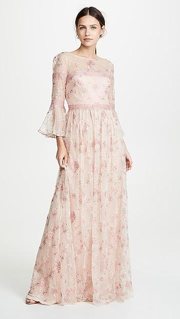 Marchesa Notte Вечернее платье-трапеция с рукавами, украшенными вышитыми оборками