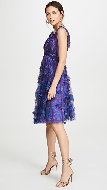 Marchesa Notte Sleeveless V Neck Empire Waist Cocktail Dress