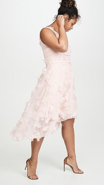 Marchesa Notte Коктейльное платье без рукавов с металлизированной вышивкой