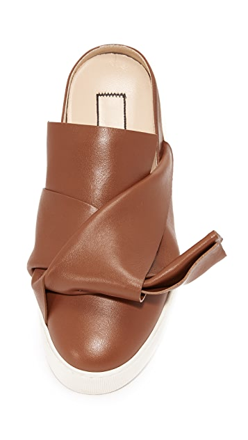No. 21 Flat Slides with Bow in Leather