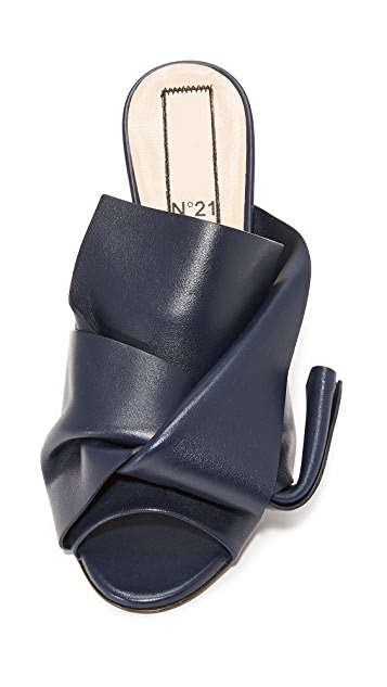 No. 21 Kitten Slides with Bow in Leather