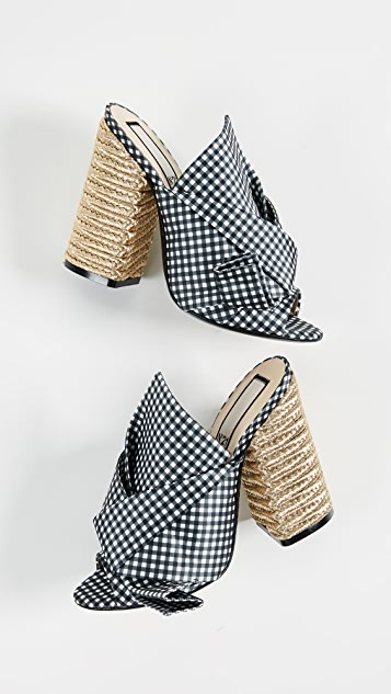 No. 21 High Heel Braided Bow Pumps