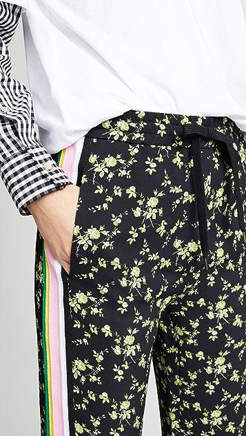 No. 21 Тренировочные брюки с цветочным рисунком