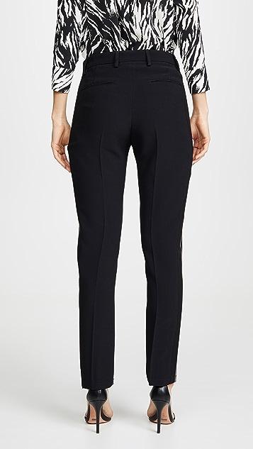 No. 21 Лакированные брюки