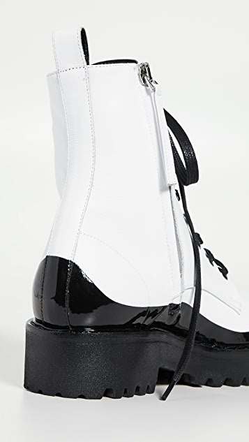 No. 21 Lace Up Boots